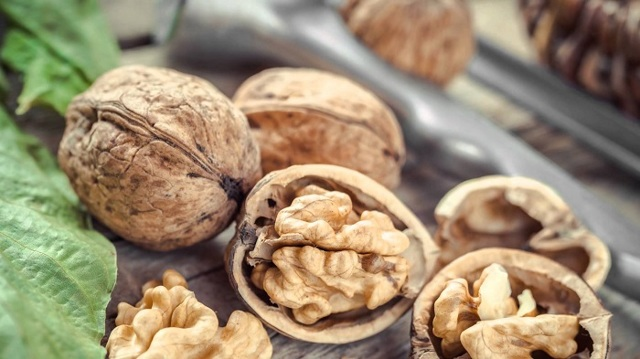 Тыквенные семечки с медом от простатита: рецепт для лечения